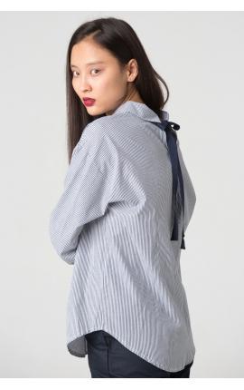 Рубашка в мелкую полоску с бантом на спине