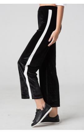 Бархатные брюки спорт-люкс с лампасами черные